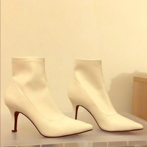 Women white booties . I've only worn it once!